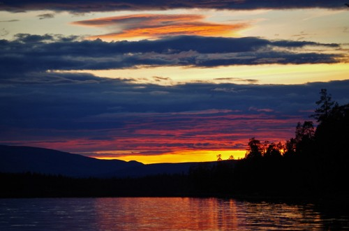 Solnedgång över Burusjön