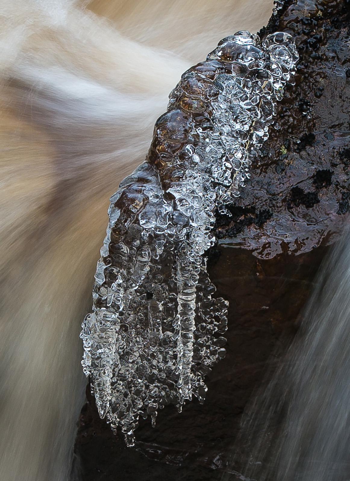 Vatten och is   Foto: Curt Leidig